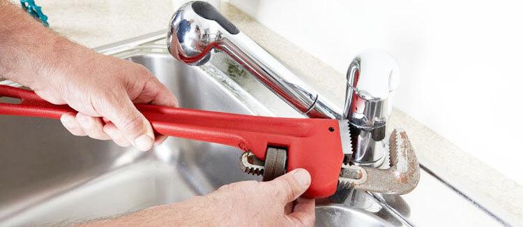 cambiar grifo problemas agua caliente
